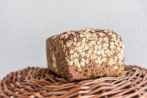 Német típusú magos kenyér